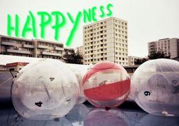 Happyness / фотоінсталяція / Mascha Illich